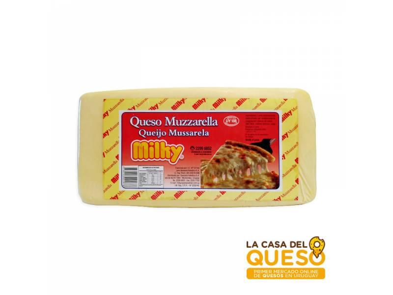 Queso Muzzarella Milky x 1/2 kg