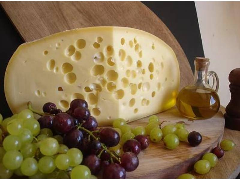Queso Emmenthal  x 500  gr Naturalia